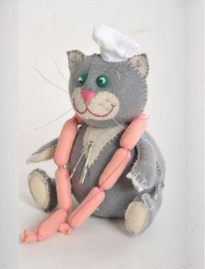 игрушка - набор для шитья: кот с сосисками своими руками
