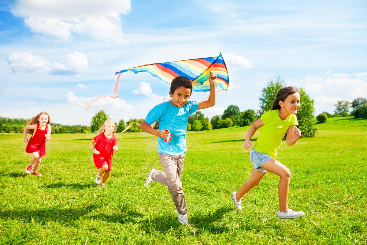 Игрушки для лета дети воздушный змей